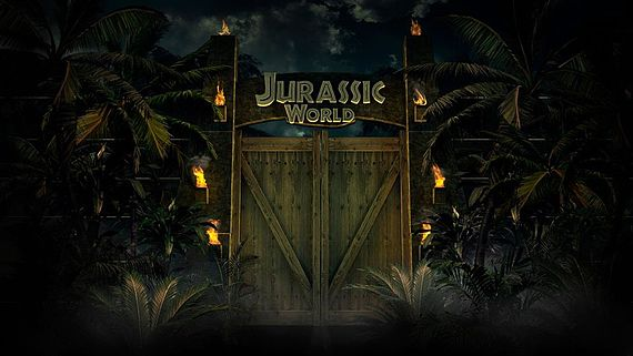 jurassicworld_gate-marvel-at-the-first-official-jurassic-world-stills